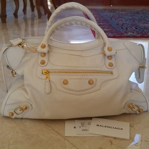 Gorgeous White Leather Balenciaga City Bag